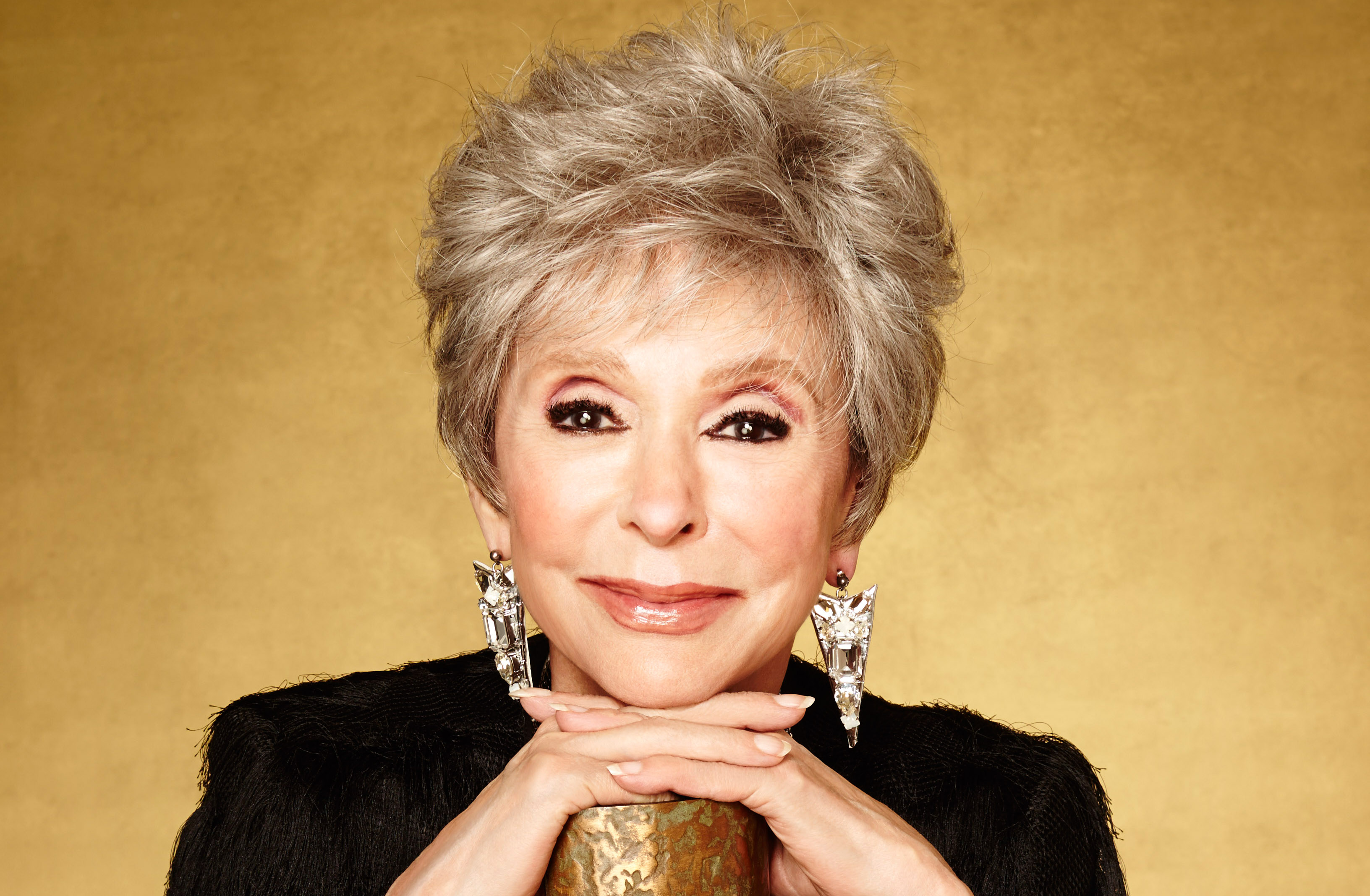 Rita Moreno, Winner of the 2016 Maverick war at Conquest. Photo by Mark Hill